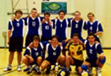 Saaremaa võrkpalli karikavõitja selgitasid omavahel Vanalinna poisid