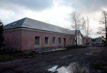 Kuressaare linn loodab lähiajal teha lepingu sundüürnikele korterite ehitamiseks