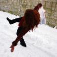 Viimasel nädalal on Kuressaare linnas taas kord ootamatult saabunud lume ja libeduse tõttu kukkunud ja viga saanud 23 inimest, kes on vajanud arstiabi.