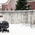 Lume tulekuga on Hariduse, Aia, Tehnika tänava ja Pihtla tee muutunud ohtlikuks, kuna teeääri raamivad lumevallid ning jalakäijatel pole muud võimalust, kui liigelda sõiduteel. Teed aga on praeguse hetkeseisuga kaetud jää ja lumega ning seetõttu libedad.