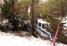 Reisijaid valima viinud Ruhnu lennuk maandus metsas