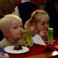 Eile tähistas Kuressaare 1. lasteaed oma 60. sünnipäeva.  Suur pidupäev algas ühise torditeoga, kus lastele oli juhendajaks Saaremaa spaahotellide peakokk Toivo Poom.