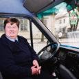 Juba kaks nädalat töötab Kuressaare linnaliinidel bussijuhina Soomest Saaremaale elama asunud Sirkka-Liisa Pääkkönen (64).