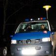 """Kui päris mitmesse kohta Eestis paigaldatakse liikluse korrastamiseks """"lamavaid politseinikke"""", siis Kuressaare linnas tabas juhuslik möödakäija uue nähtuse korrakaitsmisel – magavad politseinikud."""