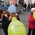 Eilsel Euroopa päeval koondusid päevateemalised üritused Kuressaare keskväljakule, kus pärastlõunal avati infotelk.