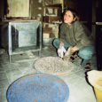 Näitusel osalesid nii ametikooli kunstilise kujundamise eriala õpilased kui ka keraamikaõppele alusepanija Marget Tafeli praegused õpilased Muhust. Näitus oli igati vaatamisväärne. Marget Tafel peab üldse Kuressaaret ainulaadseks linnaks teiste omataoliste seas, kus on üles näidatud tõelist huvi keraamikakunsti vastu.