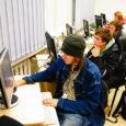 """Koolilõpetamise aeg annab põhjust tagasivaatamiseks kooliaastale või aastate pikkusele kooliteele. Olgu siis ka seekordne """"Arvutilugu"""" kooliteemaline."""