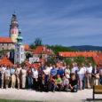 """Saaremaa meeskoor SÜM ja Kärla segarahvatantsurühm """"Tõmba Jüri"""" nädalane kontsertreis Tšehhi Vabariiki läks igati korda."""
