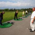 Kuressaare gümnaasiumi kümnendad klassid said spordipäeva raames õppida golfi algtõdesid Saaremaa Audi golfikeskuses. Õpetajaks oli teenekas golfimängija ja treener Enrico Villo.