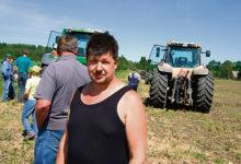 Kavandi masinaühistu kutsus põllule