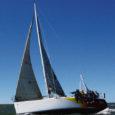 Saaremaa Merispordiseltsi poolt heades tuuleoludes laupäeval sõidetud Allirahu regatil edestas suuremate jahtide arvestusgrupis võitnud Evelyn III teiseks jäänud Sophiat ligikaudu kahe ja poole minutiga.
