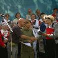 Martin Körber 190. sünniaastapäeva tähistamisest on küll möödas nädalajagu päevi, kuid lauluhelinad Anseküla kirikuasemel kõlavad kõrvus veel tänagi. Sümbioos lihtsusest ja kaunitest lauludest on see, mis paneb nii koore kui kuulajaid ikka ja jälle tulema kord aastas kokku vaat et päris Sõrve sääre otsa, et olla tund aega koos vanade armsate lauludega.
