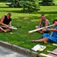 Esmaspäeval algas Leisis rahvapillide meisterdamise laager, kuhu on tänavu tulnud osalejaid Eestimaa mitmest paigast.