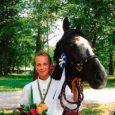 10.–11. augustil Harjumaal Ruila ratsakeskuses toimunud Eesti meistrivõistlustel ratsutamise takistussõidus võitis poniklassis (kuni 16-a võistlejad) teist aastat järjest Eesti meistri tiitli Lümanda põhikooli õpilane Anna Talvi.