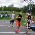 Saare maakonna esimesteks ametlikeks meistriteks tänavakorvpallis võib ennast lugeda Saare KEK-i nime all mänginud võistkond.