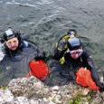 Laupäeva pärastlõunal puhastasid sukeldujad rahvusvahelise heategevuskampaania Aware 2007 raames Lääne-Saaremaal Jaagarahu paekarjääri. Ääretult huvitavaid leide ei olnud, kuid karjäär ja selle ümbrus said kindlasti puhtamaks.