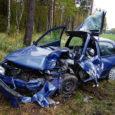 Eile pärastlõunal kell 15.23 sai politsei teate, et Risti–Kuivastu–Kuressaare maantee 112. kilomeetril Valjala kandis on sõiduauto Nissan vastassuunavööndisse kaldunud ja teelt välja sõitnud.