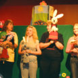 Muhu ja Pöide noortekeskuse nukuteatrihuvilised said nädalavahetusel osa Hiiumaal Kärdlas toimunud nukuteatrite festivalist Suur Sirmik V.