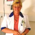 Merle Kadarik töötab Ida-Tallinna keskhaiglas kardioloogina, kuid pole hätta jätnud ka oma kodusaare rahvast. Paar korda kuus on dr Kadarikul Kuressaares vastuvõtt ja väga paljud saarlased peavad just teda oma elupäästjaks.