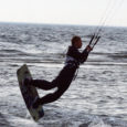 Mändjala rand oli nädalavahetusel erinevatest surfilohedest kirju. Juba kuuendat korda toimus Eesti suurim lohesurfi võistlus Kite Kapp. Võistlus, kus lisaks eestlastele osalesid ka soomlased ja lätlased, sai omamoodi kurva lõpu, kuna teine võistluspäev tuli tuule vaibumise tõttu katkestada.
