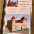 Saaremaa muuseum hakkab lähiajal müüma paberist kokkupandavat Kuressaare linnuse maketti, mis saavutas esikoha maavalitsuse eestvedamisel korraldatud konkursil Saaremaa suveniir 2007.
