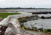 Segadused rannakaitseehitistega jätkuvad