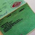 Eesti Riikliku Autoregistrikeskuse (ARK) Kuressaare büroo väljastas umbes aasta jooksul sõidukite registreerimistunnistusi, mille tekst oli vigane. ARK-i väljastatud dokumentidel puudusid registreerimistunnistuse märkuste lahtri vasakpoolses servas kõigi ridade esitähed.
