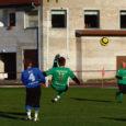 Hooaega suurte ootustega alustanud FC Kuressaare jalgpallimeeskond leidis ennast hooaja lõpus hoopiski aste madalamast liigast. Asi sai selgeks laupäeval, kui meistriliiga üleminekumängus Nõmme Kaljuga tuli vastu võtta 1 : 2 kaotus.