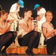 Kooliteatrite aastas on kolm tipphetke: Saaremaa miniteatripäevad märtsis, vabariiklik Kooliteater aprillis ja hooaja avalöök – Betti Alverile pühendatud luulepäevad Tähetund.