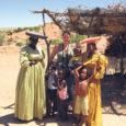 Kui Eestimaa sombuse sügise pikad ja pimedad õhtud hakkavad ära tüütama, tervis kipub käest ja maad võtab masendus, võiks  enesele lubada ju midagi eksootilist. Näiteks ühe põneva reisi lõunasse, lausa soojale maale. Seekord pakub Wris reisibüroo reisispetsialist Vivika Rüü saarlastele välja  turismireisi Aafrikasse, täpsemini Namiibiasse.  Kuna loo autor ise selle reisi kaasa tegi, siis alljärgnevalt  muljed ja tähelepanekuid, mida tasuks mustale mandrile sõites arvesse võtta.