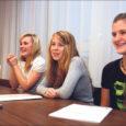 Kevadel liikumise Saaremaa Kodukant korraldatud õpilasfirmade koolitus kannab vilja – tekkinud on käsiloleva õppeaasta esimesed ettevõtted Kuressaare gümnaasiumis, Orissaare gümnaasiumis ja Kuressaare ametikoolis.