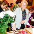 Reedel tähistas külaliikumine Saaremaa Kodukant Orissaare kultuurimajas oma viiendat sünnipäeva. Üleriigiline Kodukant sai tänavu oktoobris kümneseks. Võõrustajana kiitis Orissaare vallavanem Raimu Aardam, kes ka Saaremaa Kodukant juhatuse esimees, oma tervituskõnes Kodukandi töökust.