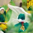 """Esmaspäeval tähistas Lustjala mängumaa oma esimest sünnipäeva jõuluetendusega """"Kadakahaldja jõuluunenägu""""."""