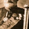 27. detsembril 1925, kui Kuressaares Tumala mõisa kojas oma tütre juures suikus viimsele unele Oskar Arkadius Otto von Ekesparre, üks värvikamaid tegelasi Saaremaa mõisnike hulgas.