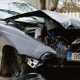 Tabati kaks joobes juhti. 25. detsembril kell 21 peeti politsei poolt Kuressaares Tallinna tänaval kinni BMW, mille roolis oli joobes juht Lauri (1986), kes omab juba kehtivat karistust samalaadse teo eest. Lauri suhtes alustatakse kriminaalmenetlust.
