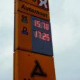 Esimese firmana tõstis eilsest kütusehindu ligi pooleteist krooni võrra Alexela, kelle tankla asub ka Kuressaares Tuulte Roosi elamurajoonis.