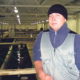 Vahest tundub uskumatu, aga Põhjamaade moodsaim kalakasvandus asub tõepoolest Kanissaare külas Urmeti talu maadel Pöide vallas. Natuke üle aasta tegutsenud OÜ Aqua-Myk üks omanikke Priit Lulla (27) peab 2007. aastat kalakasvandusele igati kordaläinuks. Noorel saarlasel tekkis kalakasvanduse rajamise mõte Tartus Eesti maaülikooli magistrantuuris õppides.