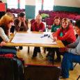"""Kaarma koolis on käimas kolmeaastane Comenius-projekt """"Kool kui töökoht"""", mille eesmärgiks on koos analüüsida neljast riigist (Eesti, Soome, Austria, Itaalia) osalevate partnerkoolide tugevaid ja nõrku külgi ning rakendada kõikide häid omadusi edaspidi oma koolis. Selle tulemusena peaks Kaarma koolist saama tõeliselt euroopalik hea kool."""