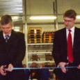 Eile ennelõunal avati Kuressaares Pikk tn 62E maailma autotehastele kummidetaile tootev ettevõte Trelleborg Moulded Components Estonia.