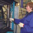 Neljapäeval Kuressaares avatud polümeerdetaile tootva Rootsi Trelleborgi tehase avamisel pidas siinse tehase tegevjuht Juho Nõmm kohalviibijaile hingemineva ja meeldejääva kõne, teavitades Trelleborgi tehasest nii oma ettevõtte töötajaid kui ka külalisi, arutledes ja analüüsides Eesti ning Saaremaa majandussituatsiooni. Rootsist Saaremaale elama kolinud Juho Nõmm näeb värske pilguga nii maakonna kui linna arengusuundi. Oma Saare palvel oli tootmisjuht nõus kõne teksti maakonnalehes avaldamisega.