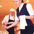 Kuressaare ametikool korraldab oktoobris Euroopa hotelli- ja turismikoolide ühenduse (AEHT) 21. aastakonverentsi. Ürituse tarbeks avatakse Kuressaare spordikeskuses 700-kohaline restoran kutsevõistluste ja galaõhtu läbiviimiseks.