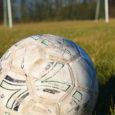 Jalgpalliklubi Muhumaa ja FC Kuressaare noortevõistkonnad loodavad eeloleva hooaja mängud ja suvised treeningud läbi viia Nasva küla jalgpalliväljakul. Kaarma vallalt on põhimõtteline nõusolek väljaku kasutamiseks olemas.