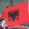 Selle nädala alguses tähistas Kosovo suurejooneliselt oma iseseisvuse väljakuulutamist. Maailma ajakirjandus prognoosib aga, et raskemad ajad seisavad noorel riigil veel ees – igale suurele peole järgneb ju kolossaalne pohmelus. Kuna suurel määral seisab Kosovo iseseisvuse taga aga kohalik maffia, siis pelgab ajakirjandus, et uus riik võib peagi muutuda Euroopa nn mustaks auguks ja siis võib peojärgne pohmelus juba kogu maailma tabada.