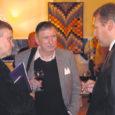 """Reorganiseeritud Saaremaa ettevõtjate liidu (SEL) juhatuse esimees, OÜ Kalla Mööbel juht Robert Pajussaar tõdes reedel Kuressaare kultuurikeskuses toimunud seminaril """"Koostöö ja ühised huvid ettevõtluses"""", et koostöös peitub jõud ning ühiselt majandusvankrit vedades saavad ettevõtjad kaasa aidata maakonna majanduse arengule."""