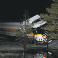 """Esmaspäeva hilisõhtul sõitis Kuressaare lähistel teelt välja Olerexi tanklaketi kütuseauto. AS-i Saare Olerex juhataja Andrus Kandima sõnul juhtus õnnetus esmaspäeval kella 23 ajal Olerexi tankla läheduses. """"Esmaspäeva päeval sadas vihma ja õhtuks langes temperatuur alla nulli,"""" selgitas Kandima."""