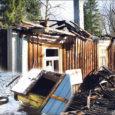 6. märtsil kell 23.51 sai päästekeskus teate tulekahjust Kaarma vallas Hakjala külas. Päästjate kohale jõudes põles elumaja, mille kustutamise käigus leiti leekides hoone kõrvalt kaevust majaomanik Arvo surnukeha.