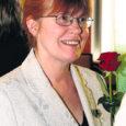Juba 15-ndat korda väljaantava Saaremaa aasta naise tiitli pälvis seekord kolmelapselise pere ema, Muhu folkloorigrupi Ätses liige, Orissaare internaatkooli sotsiaalpedagoog ja eesti keele õpetaja Anu Kivisoo. Eesti ettevõtlike naiste assotsiatsiooni (EENA) Saaremaa klubi presidendi Angela Nairise sõnul osutus Anu Kivisoo aasta naiseks valimisel määravaks, et Anu on hinnatud pedagoog, kelle ülesanne on teiste pedagoogidega võrreldes keerukam – Anu peab tegelema hüperaktiivsete lastega.