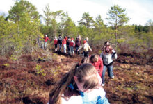 Kodutütred õppisid kevadlaagris poksimist ja heegeldamist