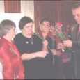 Suurel reedel tähistas Orissaare valla seltsing Vallimemm Kavandi seltsimajas korraga kolme sünnipäeva: seltsi kümnendat, seltsi liikme Aino Kipperi 72. ja Kavandi seltsimaja kohviku peremehe Marko Paalingu 39. sünnipäeva.