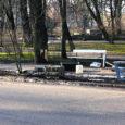 Pühapäeva hommikul sõitis joobnud Heiki juhitud Ford Mondeo pargi ääres T-kujulisel ristmikul puruks kuu aega tagasi 50 000 krooni eest remonditud aia. Pealtnägija, kes lähenes ristmikule peateelt, märkas pühapäeva hommikul kella 7 paiku tööle sõites ristmikule lähenemas kahtlaselt liikuvat sõidukit ning pääses napilt kokkupõrkest.
